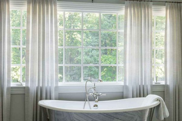 32 Revamped Colonial Bath 162 2 S01