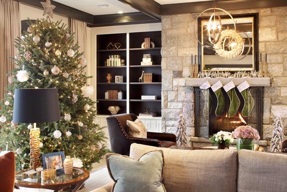 Holiday Decoration - Family Room