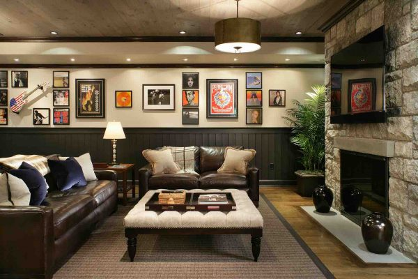 FIreplace Design - Basement Family Room with Fireplace